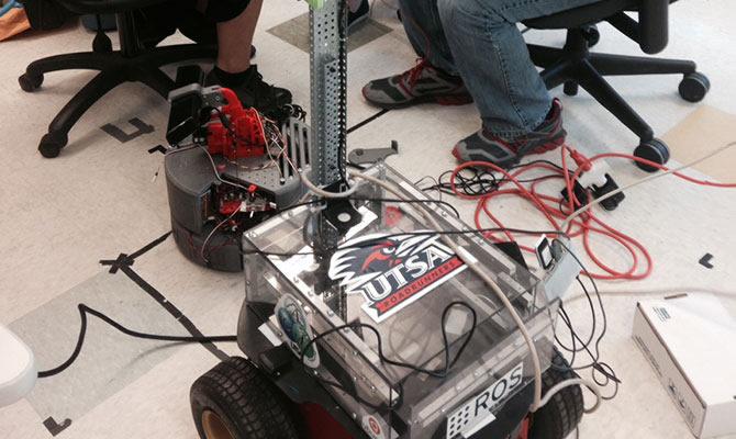 Robotics Spotlight On Top Tier Utsa The University Of Texas At