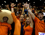 students cheering the Roadrunners