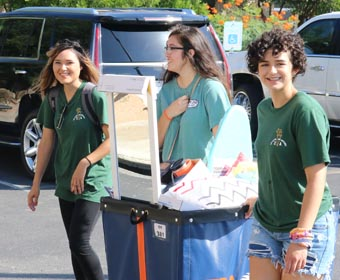 Roadrunners start college journey today during move-in