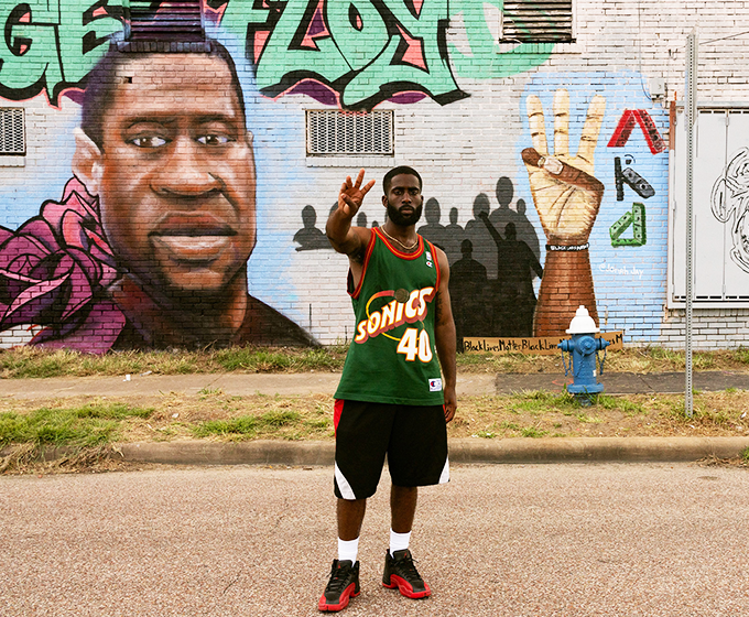 Art alum collaborates on George Floyd mural in Houston's Third Ward