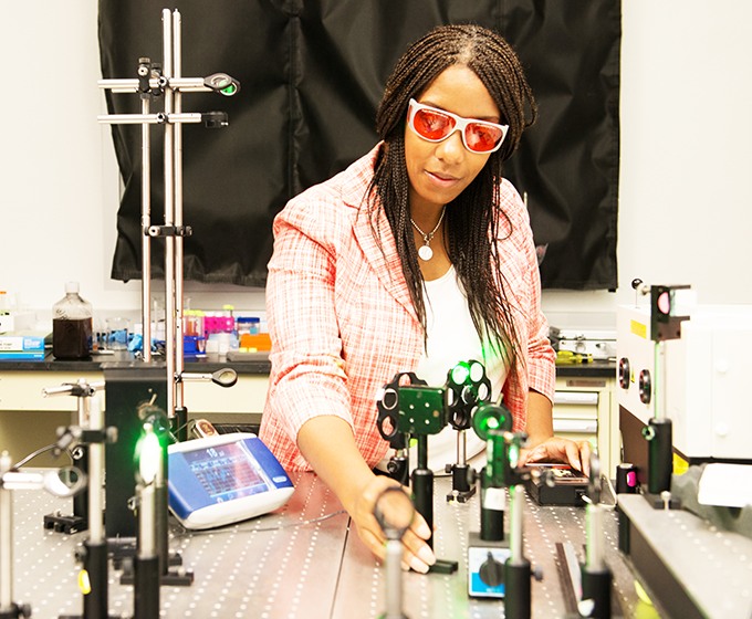 Physicist Kelly Nash '09 wants to inspire young black women