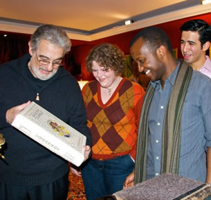 Placido Domingo and opera students