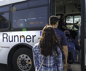 New mobile app helps UTSA students track shuttles to and from campus