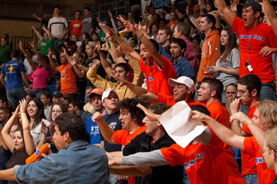 UTSA basketball fans