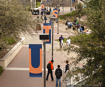 Roadrunners spring into 2017 semester at UTSA campuses
