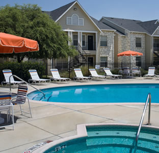 University Oaks pool
