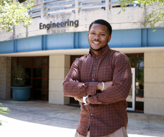 Jereel Cooper overcame dyslexia to pursue his engineering degree