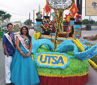 UTSA float