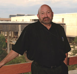 Utsa art department chair gregory elliott to discuss his sculpture nov