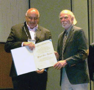 professor receives award