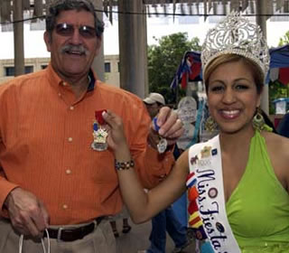 Pres. Ricardo Romo and Miss Fiesta 2006