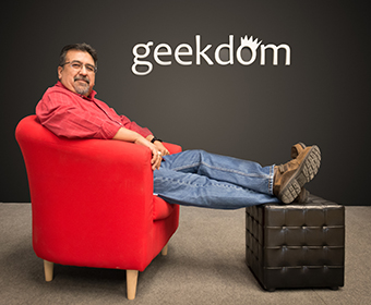 Meet a Roadrunner: David Garcia, Jr. '93 is the COO of Geekdom