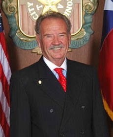 Mayor Phil Hardberger