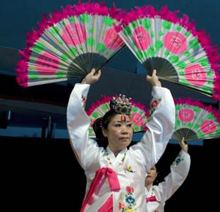 Asian Festival performer