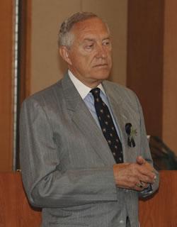 Sen. Robert Krueger