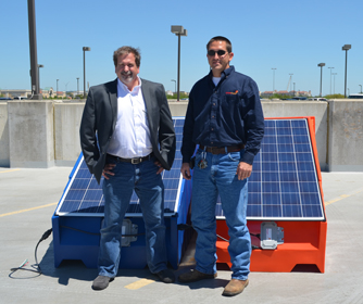 UTSA alumni unite through CITE to create innovative solar power device