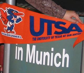 UTSA pennant