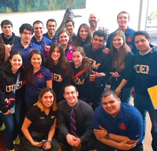 UTSA and UDEM students