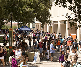 Record number of students hit the books at UTSA